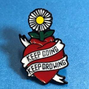 "Jewelry - ""Keep Going Keep Growing"" Heart Daisy Enamel Pin"